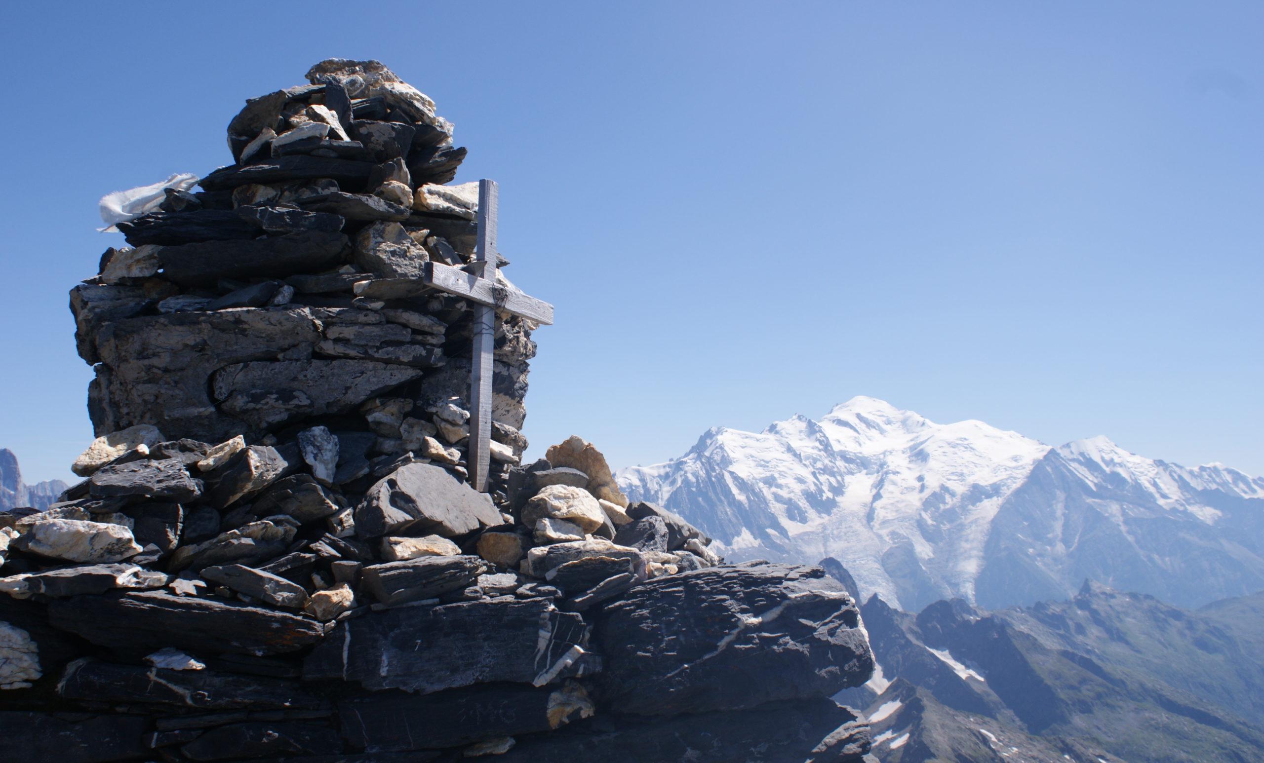 Cairn au sommet du Mont Buet