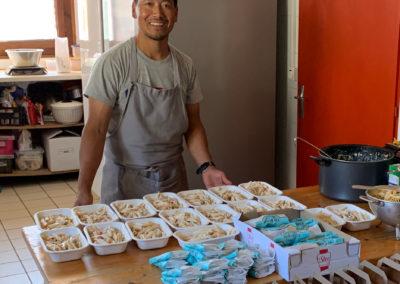 Préparation des Paniers repas du Refuge du Grenairon