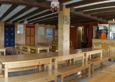 Salle à manger du Refuge du Grenairon
